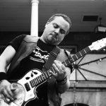 Guitarist Ross Neilsen